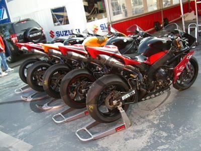 Bodis Oval Q2C Racing Yamaha R1