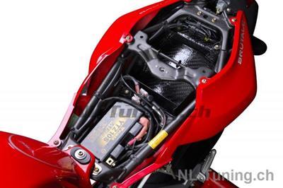 Carbon Ilmberger Rahmenheckabdeckung unten MV Agusta Brutale 750